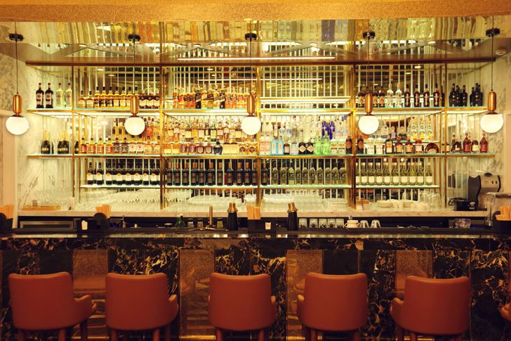 """bar mirror backdrop the punjab grill BKC mumbai IVPartners indiaartndesign"""