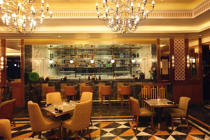"""rich chandeliers the punjab grill BKC mumbai IVPartners indiaartndesign"""