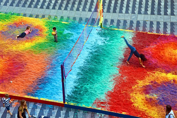 """pitch of coloured sand adam kalinowski indiaartndesign"""