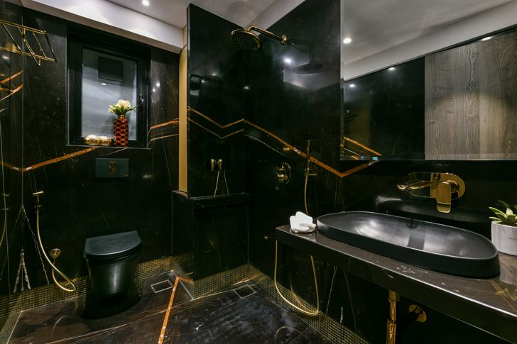 """""""black and gold bathroom SNHouse Aum Architects indiaartndesign"""""""