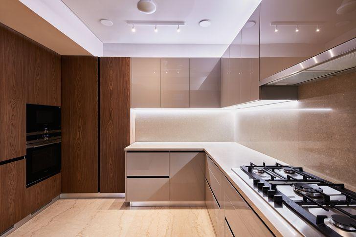 """modular kitchen luxurious mumbai apartment mahesh punjabi associates indiaartndesign"""