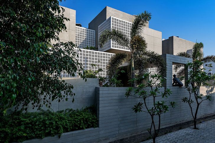 """south east view 18 screens residence sanjay puri architects indiaartndesign"""