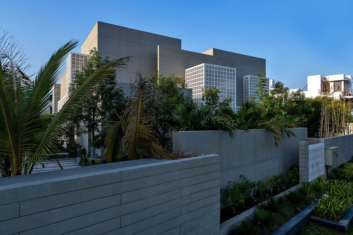"""south west view 18 screens residence sanjay puri architects indiaartndesign"""