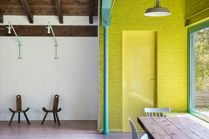 """yellow adds freshness the young old house Enrique Espinosa and Lys Villalba indiaartndesign"""