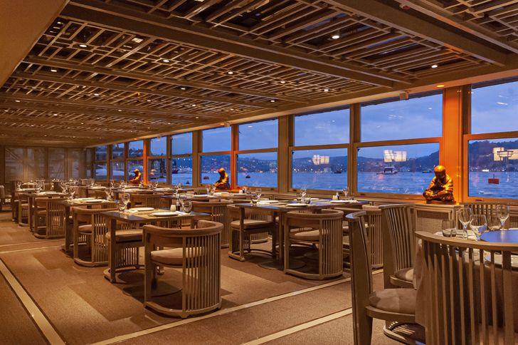 """view from Dragon Restaurant istanbul GEO-ID+MahmutAnlar indiaartndesign"""