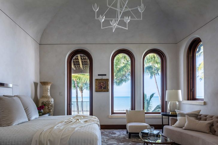 """bedroom suite Naples residence Florida ChampalimaudDesign indiaartndesign"""