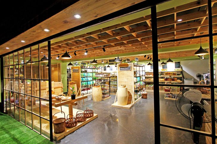 """overview Arogya Organic store Redwall Design Studio indiaartndesign"""