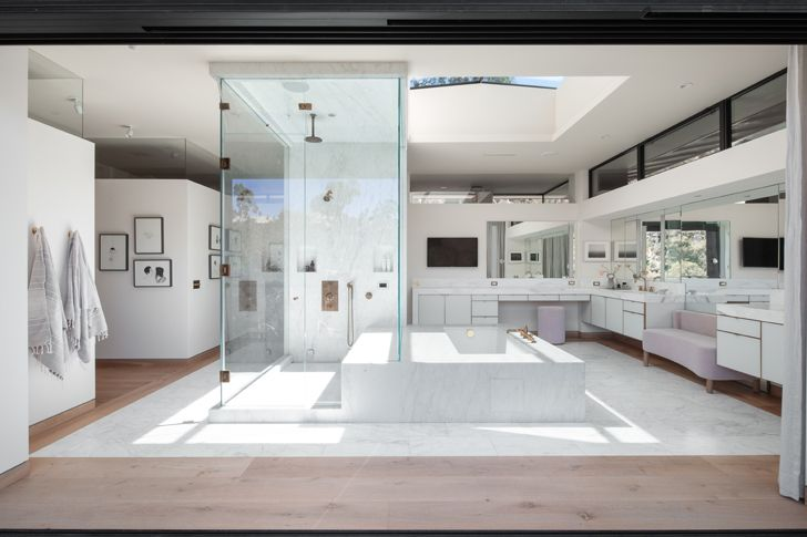 """master bathroom canyon house Conner+PerryArchitects indiaartndesign"""