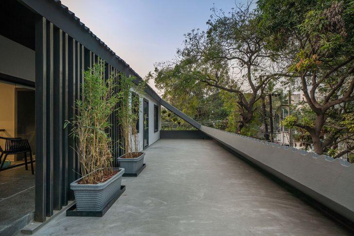 """terrace Numi office hyderabad Urban Zen Architects indiaartndesign"""